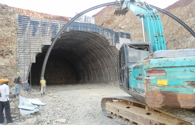 Rib erection of Tunnel at Deoli end in progress